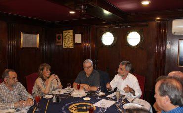 Socios de Voces Mineras analizaron situación de Ventanas con experto de Cochilco