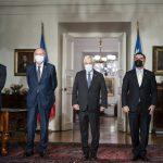 Ceremonia de cambio de Gabinete: Ministros Juan Carlos Jobet, Baldo Prokurica, Presidente Sebastián Piñera y Mario Desbordes.